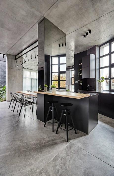 loft à Bucarest cuisine ouverte bar tabouret style manufacture atelier