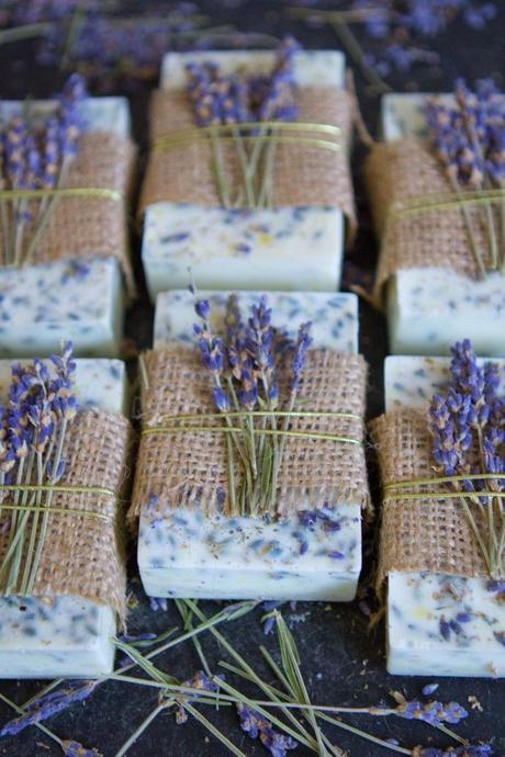 savon parfumés fleurs séchées déco champêtre ficelle clematc