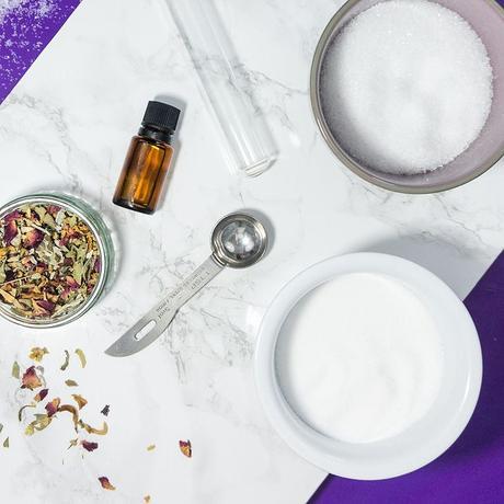 recette facile rapide fait maison homemade sel de bain à la lavande ustensile