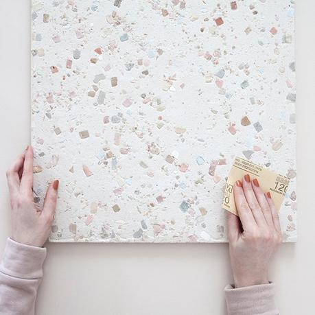 papier verre polir table surface déco intérieure tuto bricolage