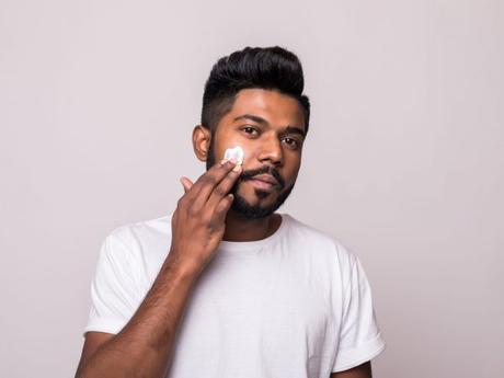 Crème anti-âge pour hommes : quelle est la meilleure en 2021 ?