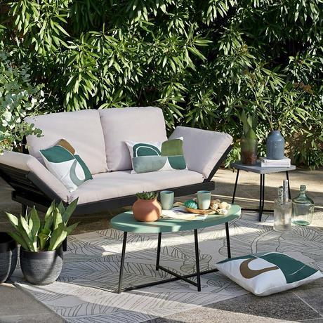 terrasse jardin déco noir verte céladon canapé extérieur design