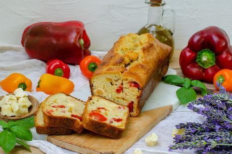 Cake aux poivrons et fromage de chèvre