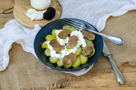 Salade de pommes de terre à la truffe d'été