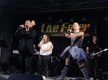 Live Fever au bal du quatorze juillet à Paimpol, quai Duguay Trouin, le 14 juillet 2021
