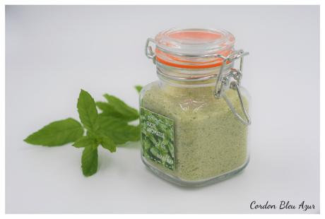 Sucre aromatisé à la menthe