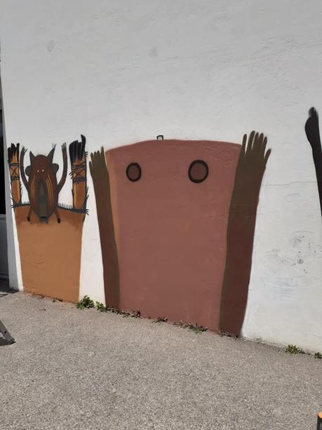 Mur « Les masques » à Plœmeur