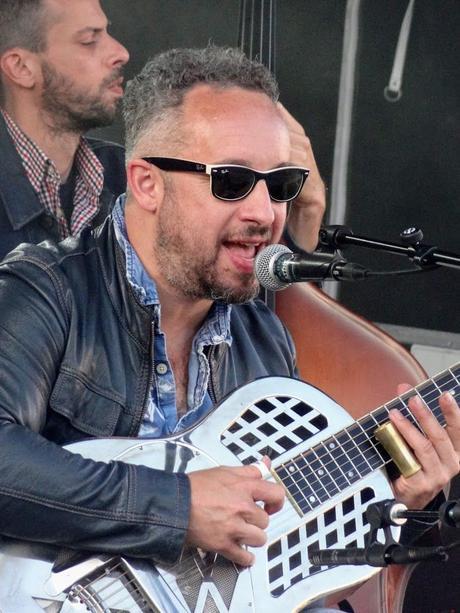 Arnaud Fradin & His Roots Combo au Festival Place aux Artistes 2021, Esplanade du Casino de Saint-Quay-Portrieux, le 16 juillet 2021