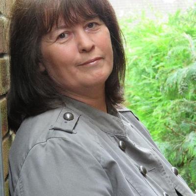 Partners in Crime Podcast Hosts Crime Writer Angela ...