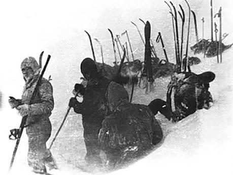 9 Skieurs Russes