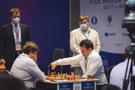 Maxime Vachier-Lagrave et Etienne Bacrot à la Coupe du monde d'échecs
