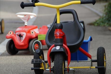 Pourquoi offrir un tricycle évolutif à ton enfant ?
