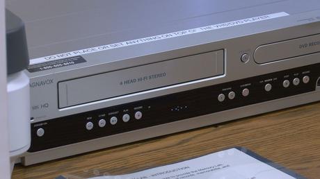 La Lee County Library offre une technologie qui transforme le VHS en fichiers numériques