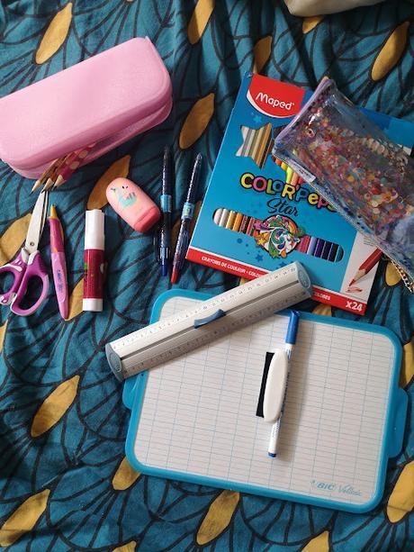 Les (premières) fournitures scolaires