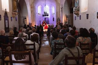 Joëlle Léandre, concert solo en église le 18 juillet 2021
