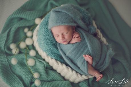 Séance photo bébé naissance en studio Rueil Malmaison Chatou
