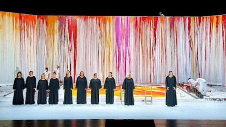 Symphonie en couleurs majeures d'Hermann Nitsch pour la nouvelle Walkyrie de Bayreuth