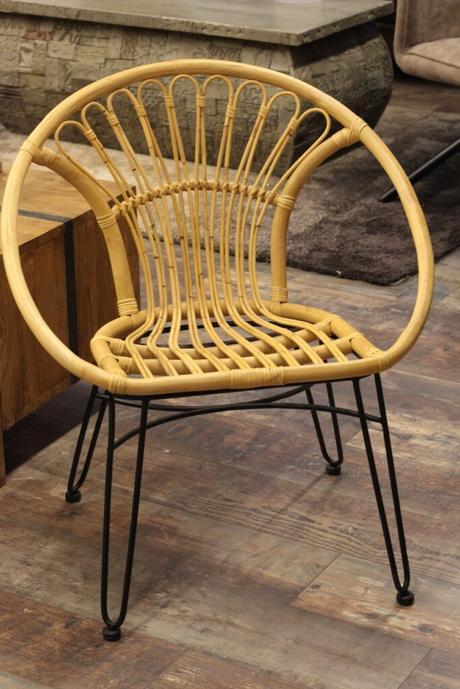 chaise rétro osier cosy table véranda bohème été