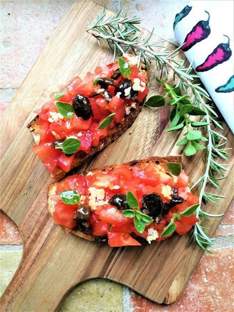 Bruschettas à la tomate fraîche & à l'origan