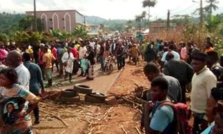 Cameroun : Des émeutes après une bavure policière à Bafang
