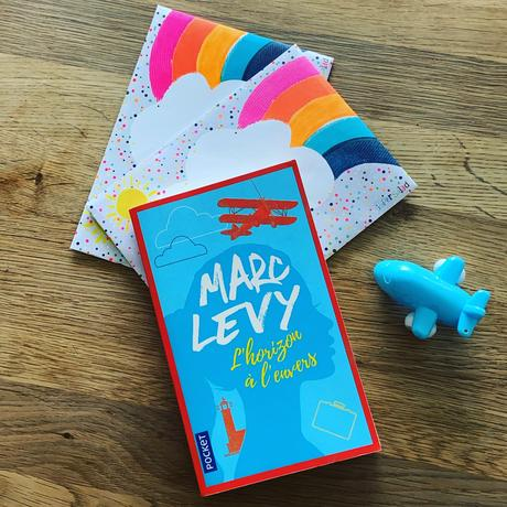 J'ai lu: L'horizon à l'envers de Marc Levy