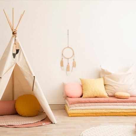 matelas couleurs pastel tante intérieure deco chambre enfant attrape rêve