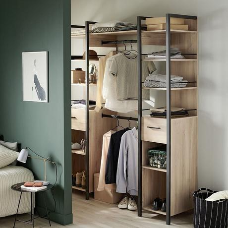 réussir aménagement placard dressing ouvert métal bois design
