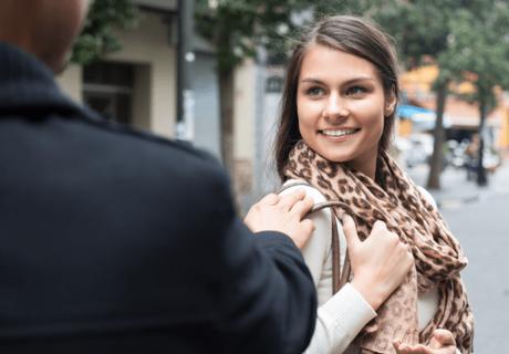 comment faire pour draguer une fille dans la rue