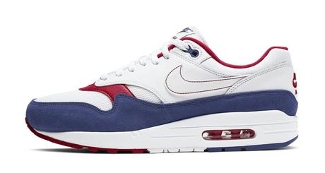 Chaussure Nike Air Max 1 blanche, bleu et rouge pour homme