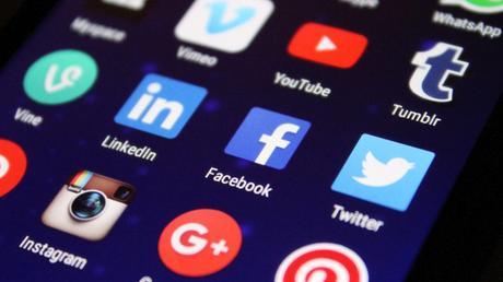 Apprendre à communiquer sur les réseaux sociaux