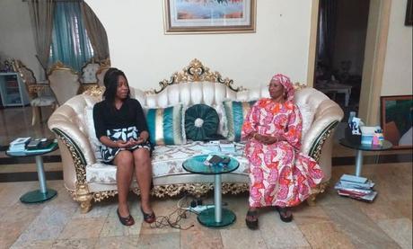 Ngul Be Tara : le médicament anti-Covid de Dr Peyou Ndi Samba vilipendé au Cameroun, mais adoubé au Nigéria