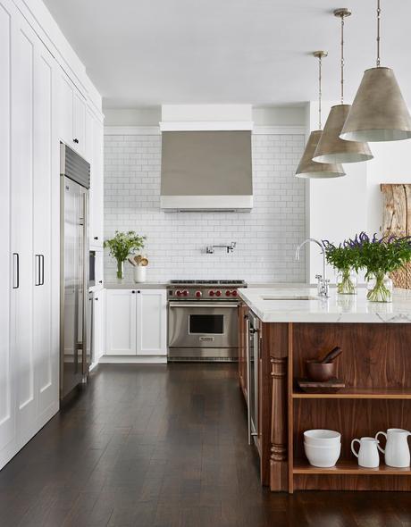 cuisine américaine gazinière inox blanche et bois - blog déco