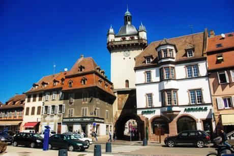 Portes fortifiées d'Alsace : la Tour de l'Horloge à Sélestat © French Moments