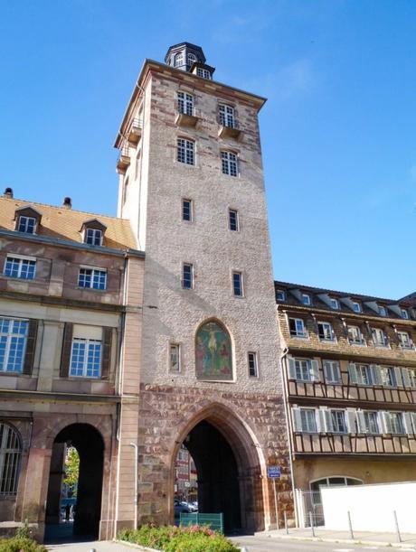 Portes fortifiées d'Alsace - Strasbourg - Porte de l'Hôpital © Ji-Elle - licence [CC BY-SA 3.0] from Wikimedia Commons