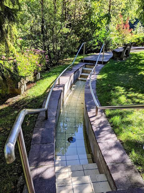 Kneipp-Anlage Kurpark Mittenwald — 8 Photos — Hydrothérapie Kneipp à Mittenwald
