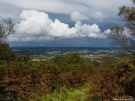 ciel menaçant au dessus des Monts d'Arrée #Bretagne #Finistère