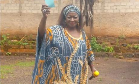 Cameroun – Renouvellement des  organes de base du Rdpc : Le roi des Bangangté appelle à voter pour Ketcha Courtès