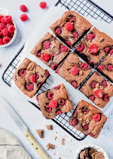 Brownie au chocolat et framboises