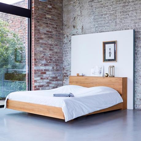 chambre loft lit flottant bois trompe oeil déco
