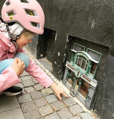 En Suède, des incroyables mini-maisons pour souris