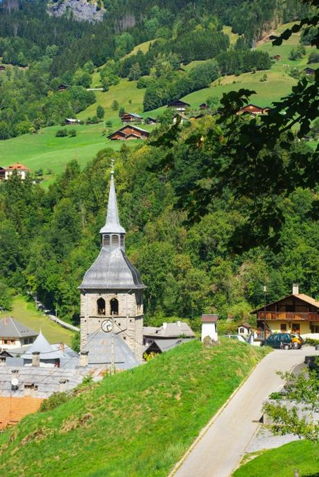Clochers de Savoie - Beaufort © French Moments