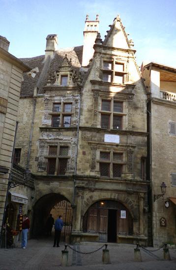 sarlat-maison-de-la-boetie.1218444603.jpg